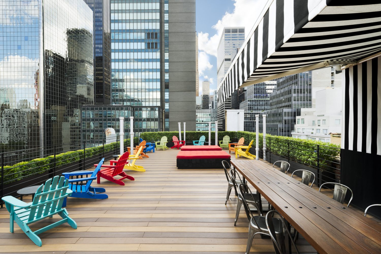 Pod 51 rooftop deck in Manhattan