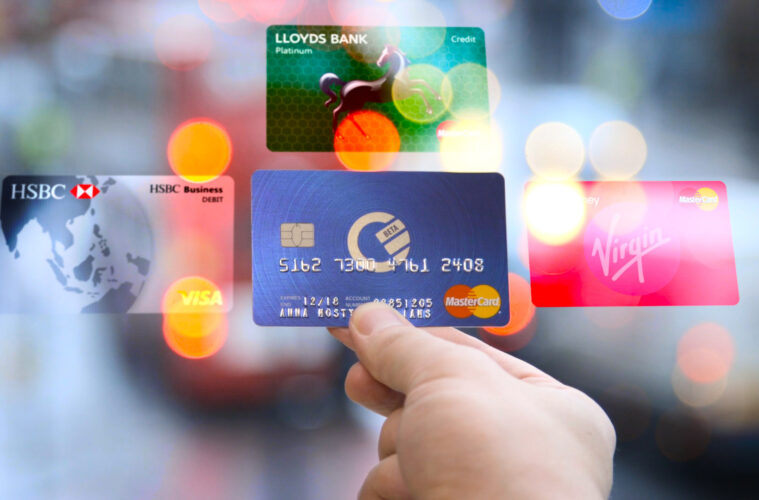 Curve travel card