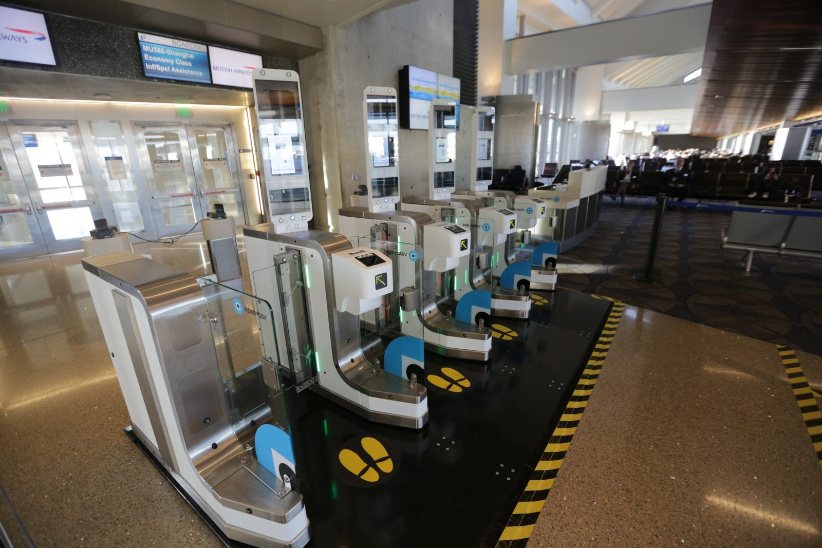 British Airways biometric boarding gates