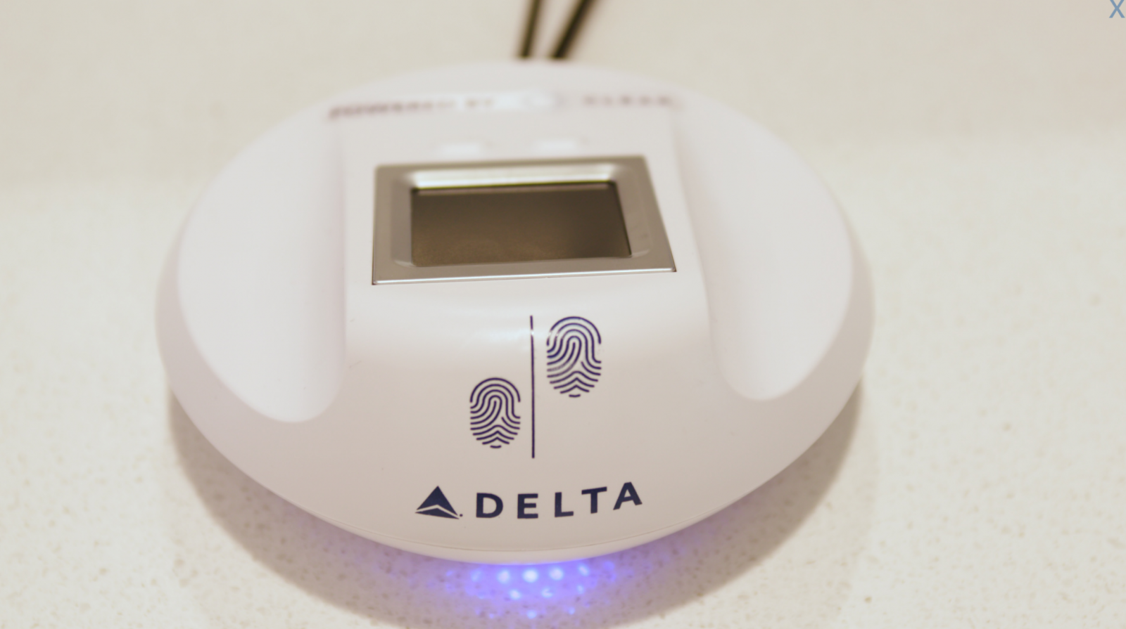 Delta fingerprint scanner