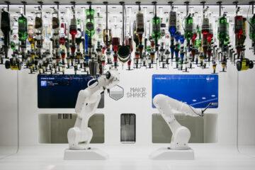 Makr Shakr robotic bartender