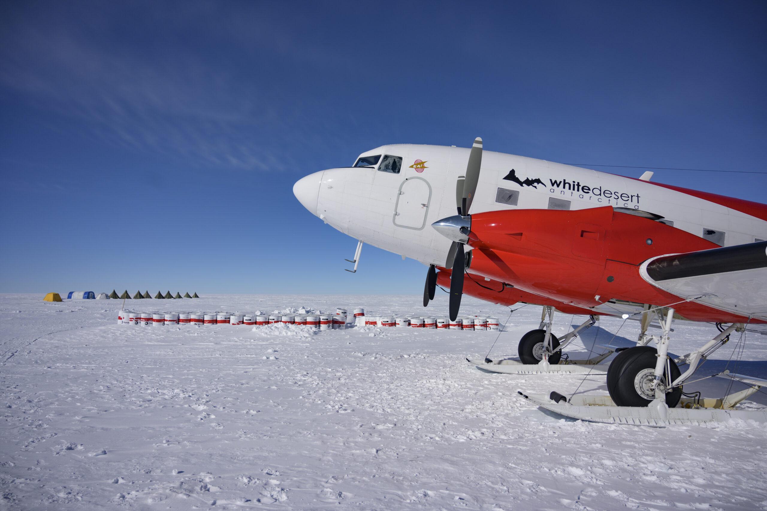 Private jet Antarctica