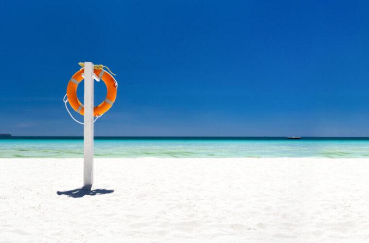 Lifebuoy ring on tropical beach, Boracay