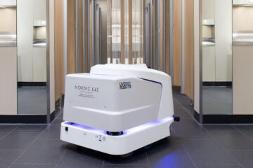 Heathrow cleaning robot