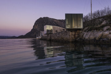 Manshausen Sea Cabins by Steve King