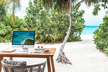 Vakkaru Maldives Beach Office