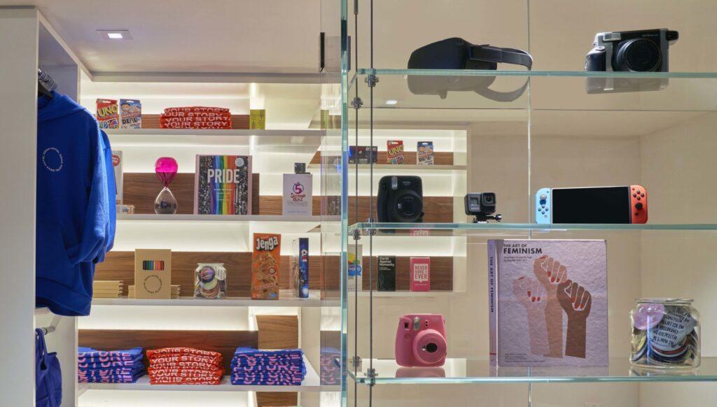 Gift shop at Hotel Zena