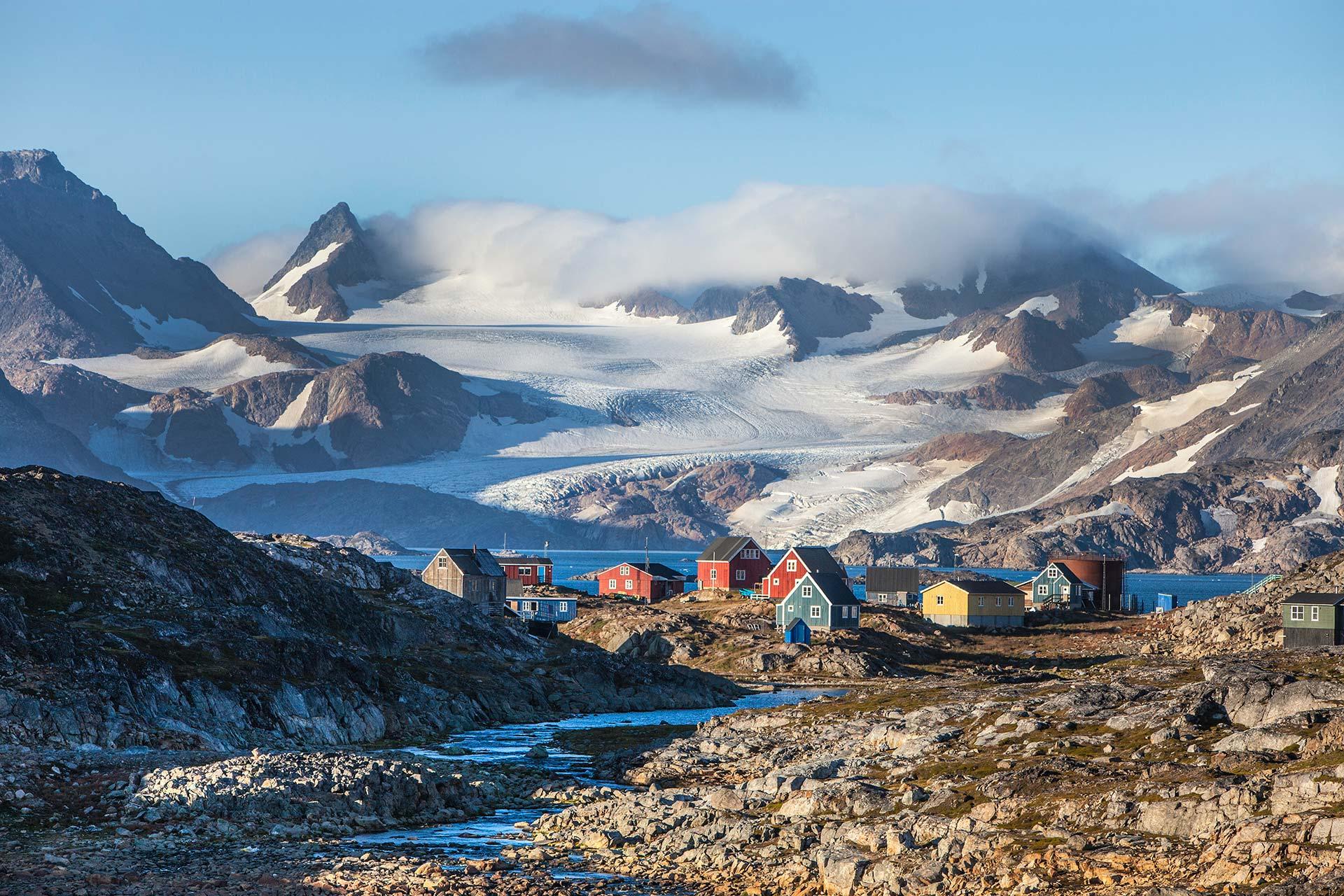 Hiking East Greeland tour G Adventures © Bjorgvin-Hilmarsson
