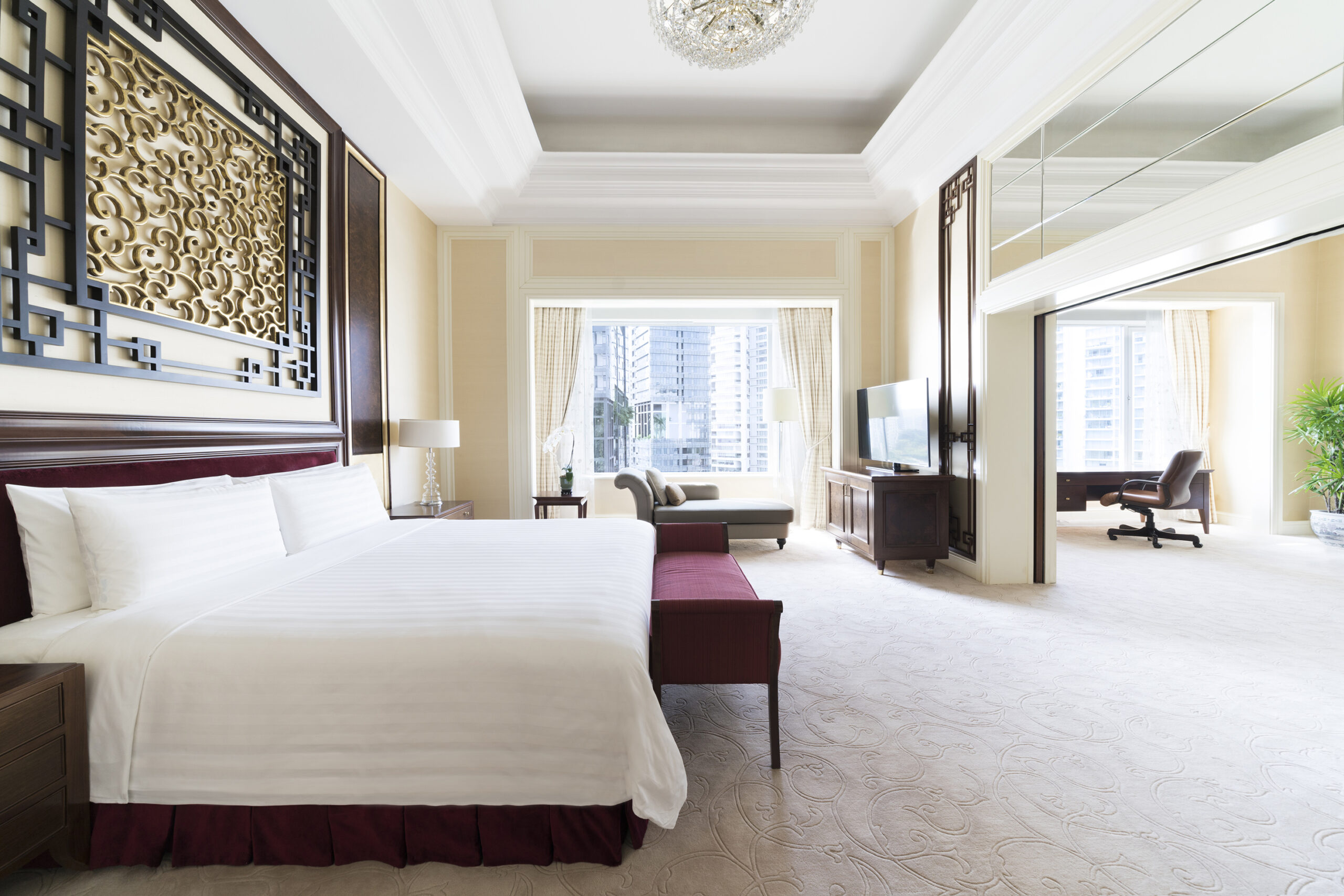 Shangri La Hotel Singapore Valley suite