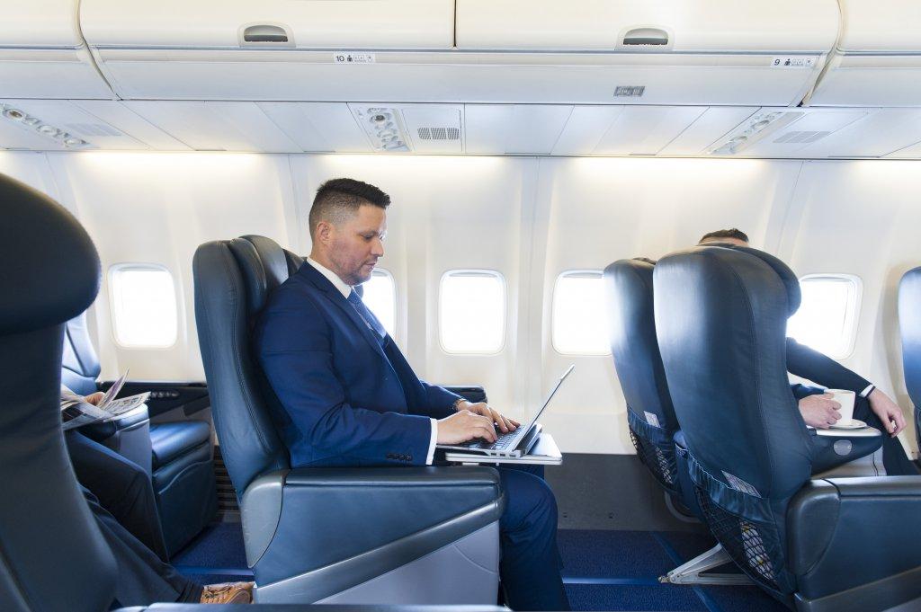 Ryanair corporate jet charter