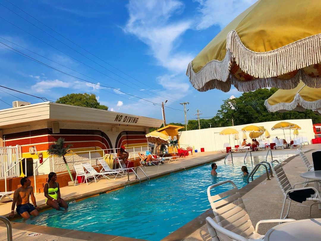 Dive Motel, Tennessee