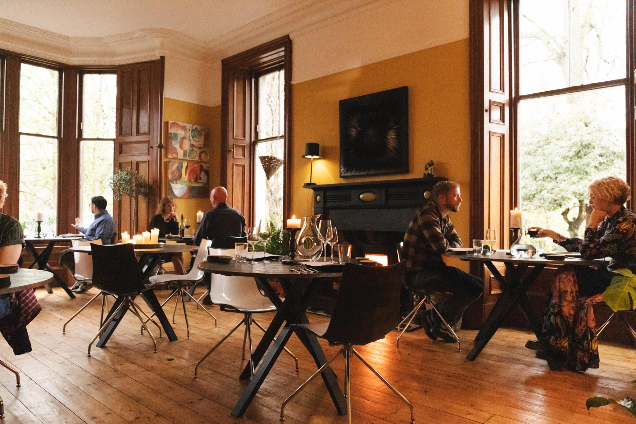 Saorsa_1875_hotel_dining_room-2