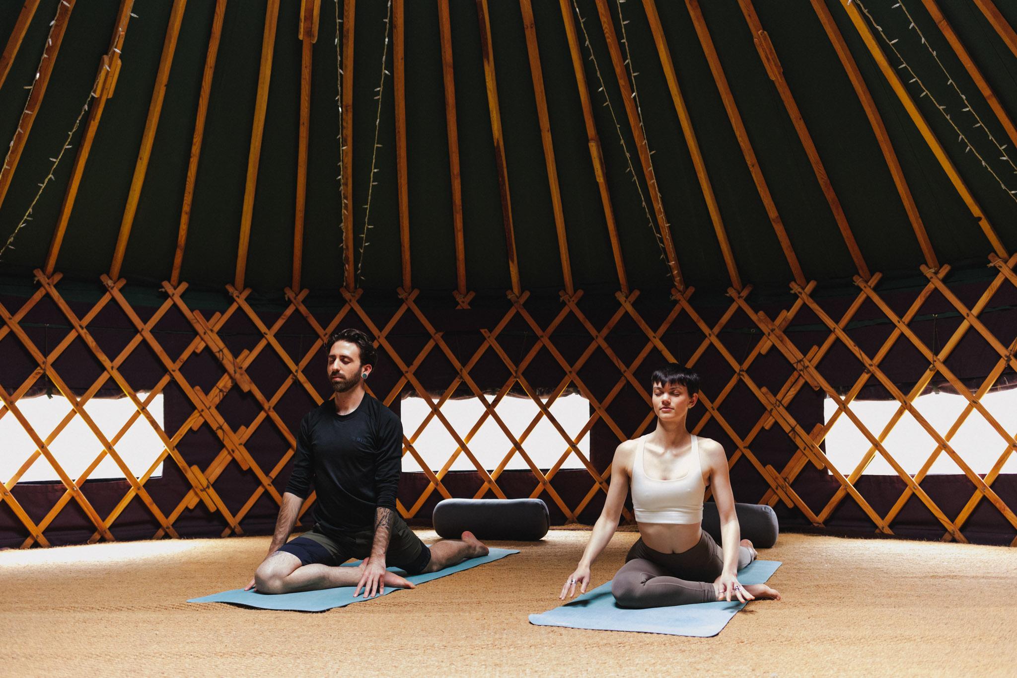 Saorsa_1875_hotel_yoga